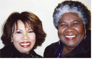 Dorothy and Candi Staton are happy to play again on the same stage in 2004.